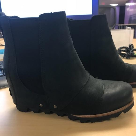 02f6f3fab30 Sorel Shoes - Sorel Lea Wedge Booties - size 6